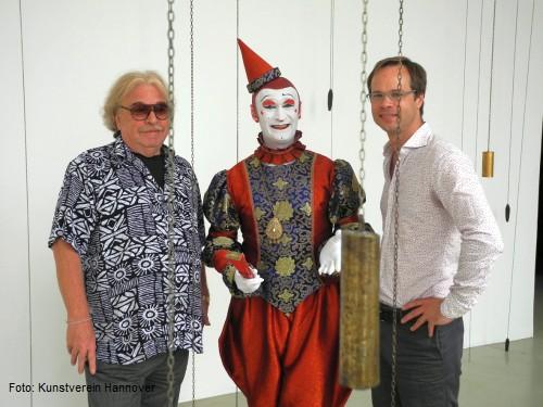 Bernhard Paul, Gensi Mestres und René Zechlin im Kunstverein Hannover (v.l.)