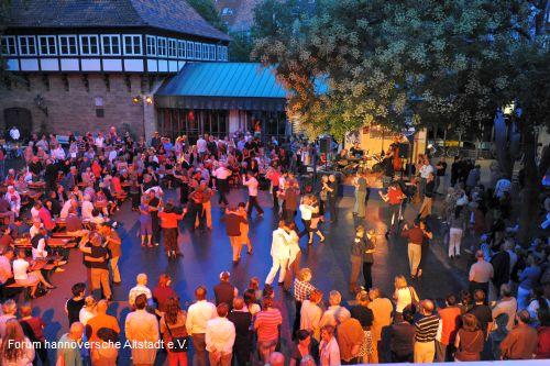9. Open-Air Tangonacht am Ballhof